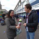 1000 rozen uitgedeeld in Amersfoort